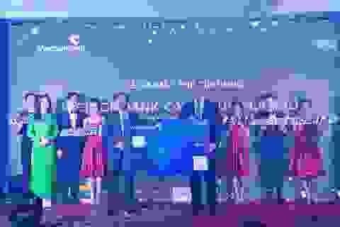 Thẻ Vietcombank Cashplus Platinum American Express - Thẻ tín dụng hoàn tiền cạnh tranh thị trường