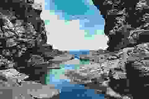 """Phát """"sốt"""" với """"hồ bơi"""" giữa biển đẹp như tiên cảnh ở Đà Nẵng"""
