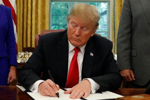 Gần 20 bang của Mỹ kiện ông Trump vì giam giữ vô thời hạn trẻ di cư