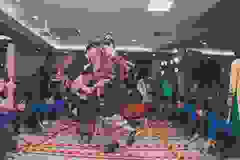 """""""Bữa tiệc văn hóa"""" từ Á sang Âu chào đón tân sinh viên Học viện Nông nghiệp"""
