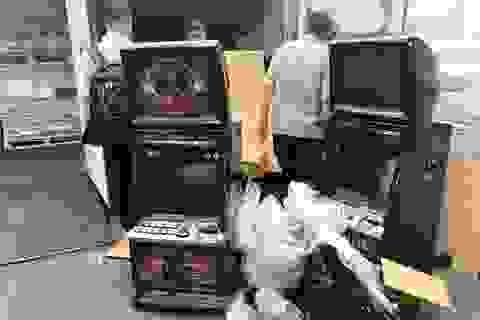 Sẽ khởi tố doanh nghiệp nhập máy đánh bạc nhưng khai bàn làm việc