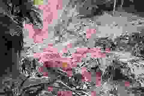 Di dời khẩn cấp hàng chục hộ dân trước nguy cơ sạt lở đất sau bão số 4