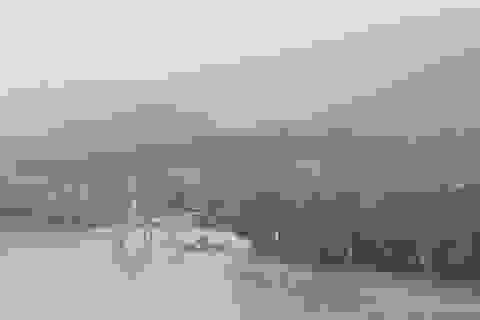 Nước lũ lên nhanh gây ngập, chia cắt nhiều nơi tại Quảng Bình