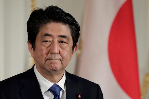 Thế khó của Thủ tướng Nhật Bản khi cho phép Mỹ đặt hệ thống tên lửa