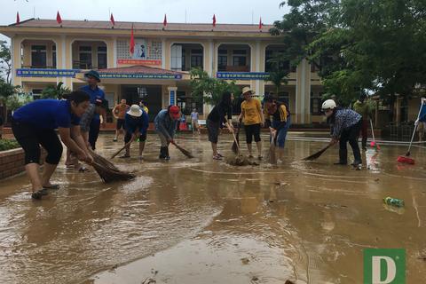 Quảng Bình: Tổ chức khai giảng cho gần 90 ngàn học sinh vùng ảnh hưởng mưa lũ