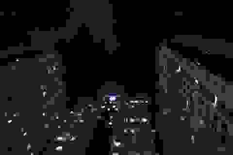 Cháy công ty Rạng Đông: Dân chung cư sơ tán tránh nhiễm độc