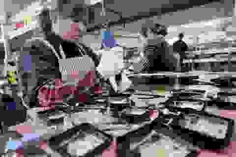 Thương chiến căng thẳng, xuất khẩu của Trung Quốc giảm mạnh
