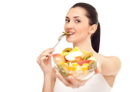 Nên ăn trái cây trước hay sau bữa ăn?