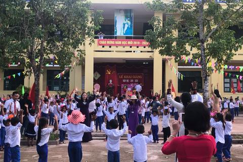 Ngày khai trường nhiều ý nghĩa của học sinh miền núi Quảng Trị