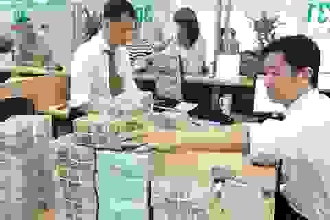 Tiền thu không đủ chi: Chính phủ dự kiến vay thêm nửa triệu tỷ đồng bù đắp