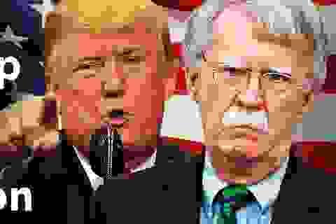 5 vấn đề gai góc khiến cố vấn an ninh của ông Trump mất chức