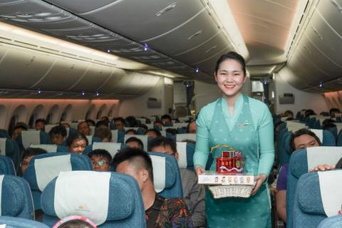 Tết Trung Thu của những nhóc tỳ đáng yêu trên máy bay