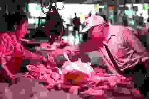 """Trung Quốc vật lộn với """"cơn khát"""" thịt lợn"""