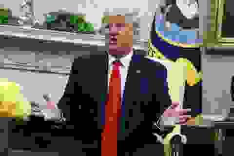 Ông Trump nói Iran tấn công nhà máy dầu Ả rập Xê út