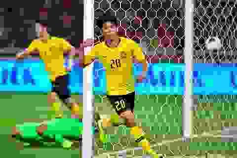 """Quyết """"xé lưới"""" tuyển Việt Nam, Malaysia tung đòn bất ngờ?"""