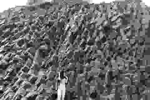Yêu cầu dừng khai thác đá ở khu vực có các vách đá giống danh thắng Gành Đá Đĩa