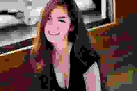 """Style nổi bật của """"thiên thần triệu fan Thái Lan"""""""