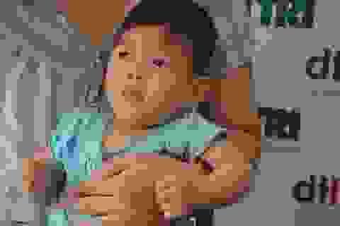Bé gái 9 tháng tuổi bị tim bẩm sinh được bạn đọc giúp đỡ hơn 140 triệu đồng