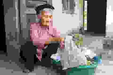 Cụ bà xin thoát nghèo được khen thưởng trong phong trào thi đua yêu nước