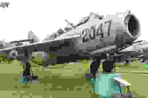 Kỳ 1: Trận không chiến nảy lửa giữa phi công Nguyễn Văn Bảy và không quân Mỹ