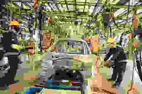 Giá bán ô tô trong nước đắt hơn khu vực: Đề xuất cách hạ giá, xoá bất lợi