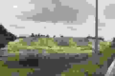 Bãi tập kết cát trái phép án ngữ cửa ngõ TP Quảng Ngãi, đe doạ an toàn Quốc lộ 1A