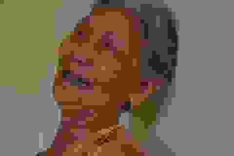 """Người mẹ khóc thảm đến """"phát điên"""" sau cái chết của con trai duy nhất"""