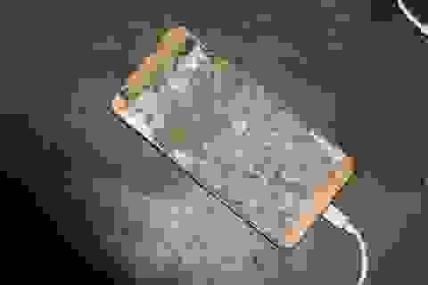 Điện thoại phát nổ khi đang sạc, nam thanh niên tử vong trên giường ngủ