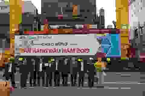 Đón tấn hàng đầu năm qua cảng Đà Nẵng