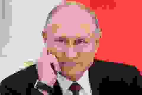 """Kinh tế Nga tăng trưởng bất chấp """"vòng xoáy"""" trừng phạt của Mỹ"""