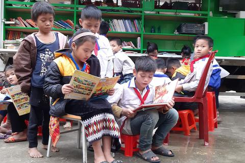 """""""Thư viện di động"""" đến với học sinh vùng cao"""