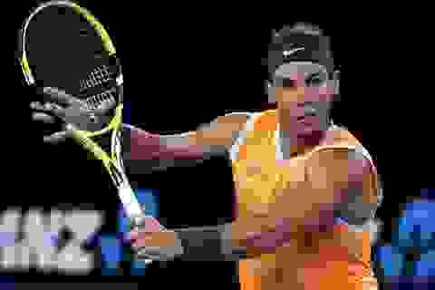 """Australian Open: Nadal, """"búp bê"""" Sharapova thắng như dạo chơi"""