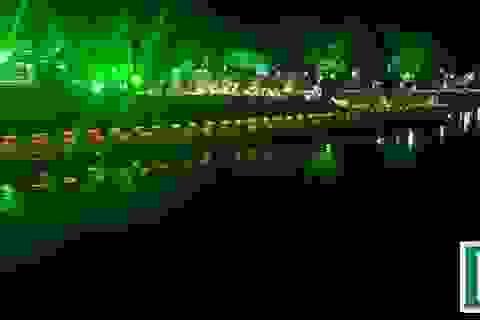 Thích thú với đường đi bộ bên sông Hương tuyệt đẹp về đêm