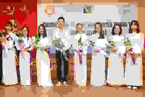 Quỹ Khuyến học Việt Nam trao học bổng Nguyễn Trường Tộ đến nhiều trường đại học ở Thủ đô