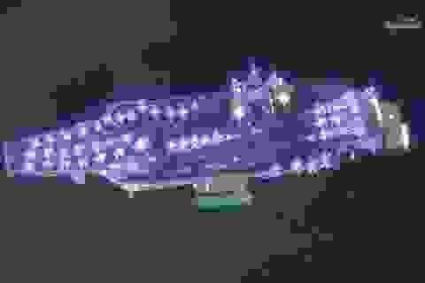 Tàu sân bay Mỹ thăm Đà Nẵng lọt ảnh vệ tinh ấn tượng nhất 2018