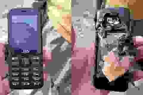 Người đàn ông tử vong khi điện thoại bất ngờ phát nổ trong túi quần