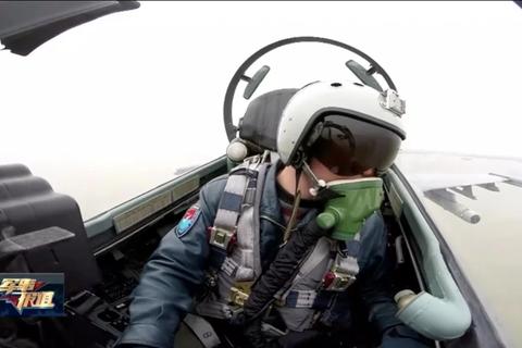 Video phi công Trung Quốc cảnh báo máy bay nước ngoài tại vùng biển tranh chấp