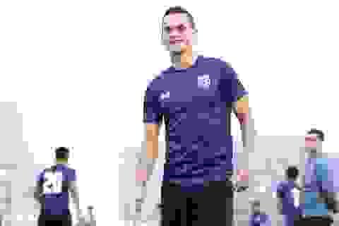 Cầu thủ Thái Lan tươi rói trên sân tập sau khi HLV Rajevac bị sa thải