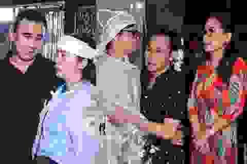 Kim Xuân, Quyền Linh, Anh Đức… xúc động khi đến viếng diễn viên Mạnh Tràng