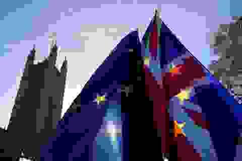 """Thủ tướng Anh sắp đề xuất kịch bản """"hai biên giới"""" với EU"""