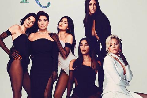 Các kiều nữ nhà Kardashian có ảnh chụp chung đầu tiên sau 2 năm