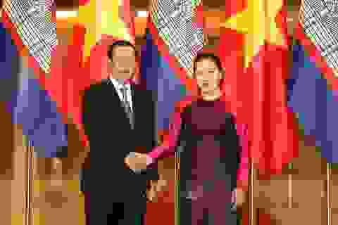 Chủ tịch Quốc hội hội kiến Thủ tướng Vương quốc Campuchia