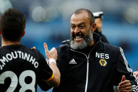 Những khoảnh khắc gục ngã của Man City trước Wolves tại Etihad