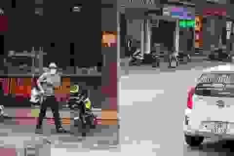 Bị vây bắt, đối tượng cầm súng K54 cướp tiệm vàng để rơi cục tiền
