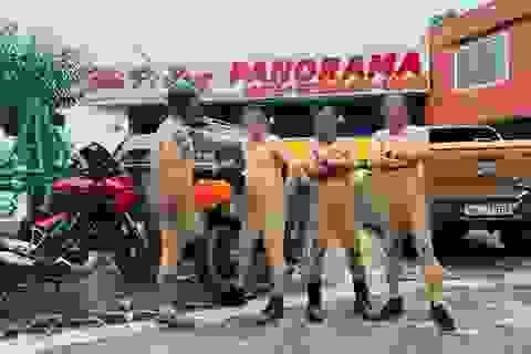 Vì sao không xử phạt 4 người khoả thân chụp ảnh trên đèo Mã Pí Lèng?