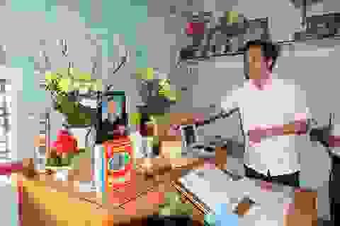 Chàng trai 11 năm suy thận hiến giác mạc trước khi qua đời