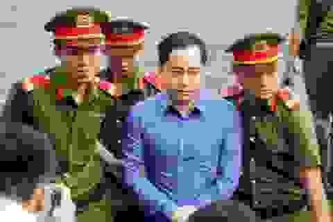 """Phan Văn Anh Vũ vắng mặt trong phiên tòa xét xử """"siêu lừa"""""""