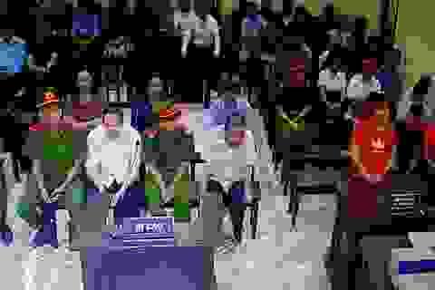 """Xử vụ gian lận điểm thi ở Hà Giang: """"Con lợn nhựa"""" liên quan gì việc nâng điểm?"""