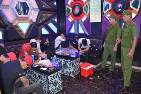 Hàng loạt quán karaoke là tụ điểm hút chích ma túy bị triệt phá