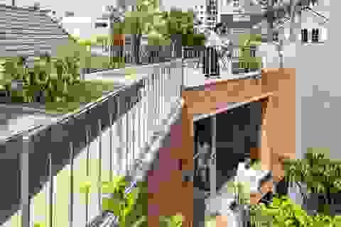 Nhà gạch nung rợp bóng cây xanh lọt đề cử kiến trúc đẹp nhất thế giới